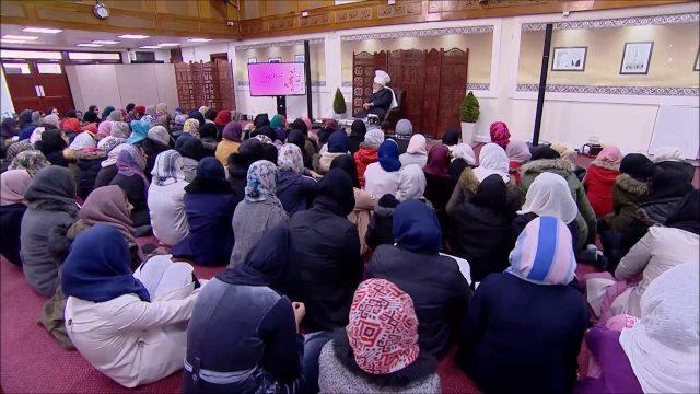 Le calife de l'islam s'addresse aux jeunes filles de Londres – 2017