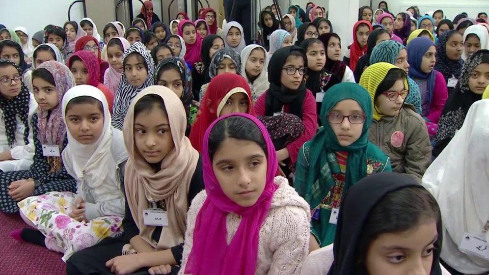 Bustan-e-waqf-e-naw  : Classe avec les enfants  – 10 Dec 2017