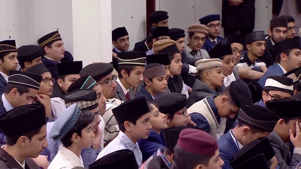 Gulshan-e-Waqf-e-Nau Atfal  : Classe avec les enfants  – 09 Dec 2017