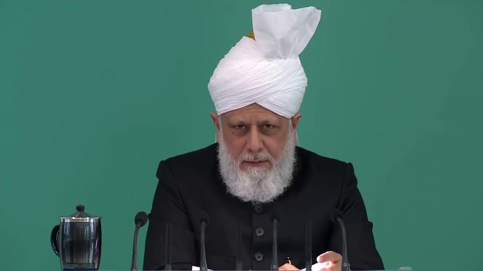 Sacrifices financiers des musulmans ahmadis – sermon du 03-11-2017